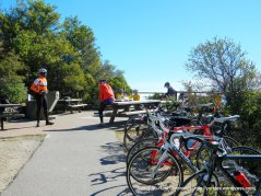 picnic area-Verna Dunshee Trail