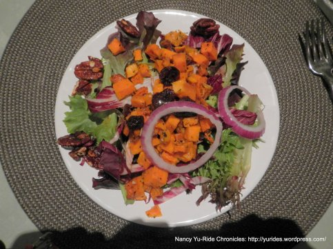 roasted squash salad w/pecans