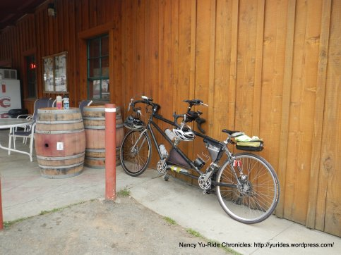 Lunch stop-Pope Valley Market