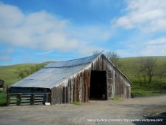 old barn on Highland