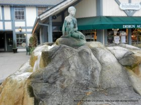 little mermaid fountain in front