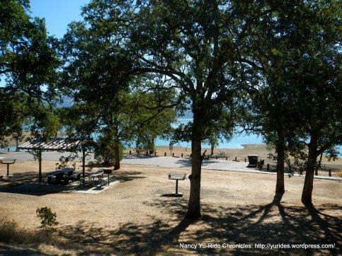 Oak Shores Day-Use area