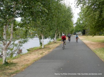 on South Ship Canal Trail