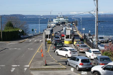 line up for ferry to Vashon
