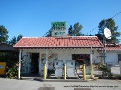 Lake McMurray Store
