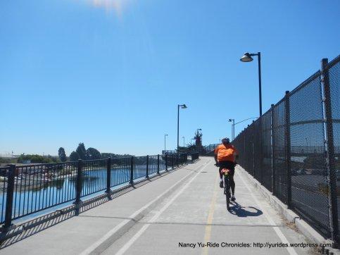 I-80 crossing on Bike/Ped bridge