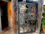 artsy gate