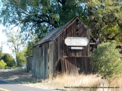 old barn off CA-128