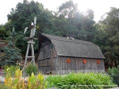 beustiful barn & windmill