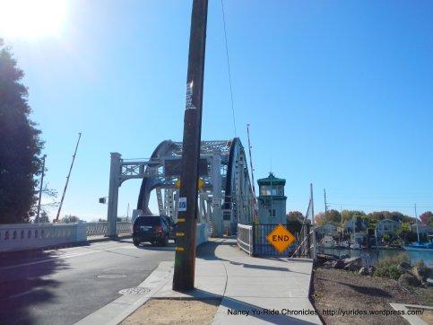 Tidal Canal Bridge xing on High St