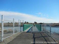 return on Bill Lockyer Bay Trail Bridge