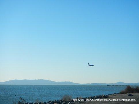 incoming plane