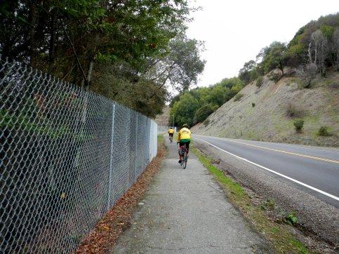 Multi-use path along Novato Blvd