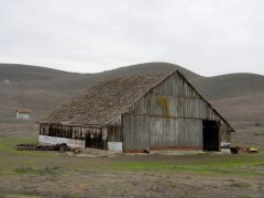 Collier Canyon Rd-beautiful barn