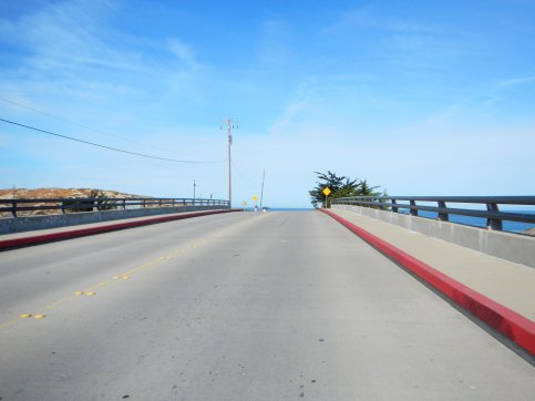 Tioga Ave overpass