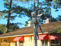 Carmel Valley outdoor sculpture