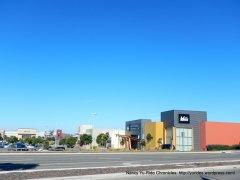 retail shopping center