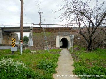to mini tunnel