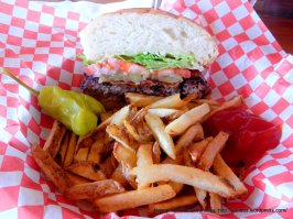 bacon burger w/fries