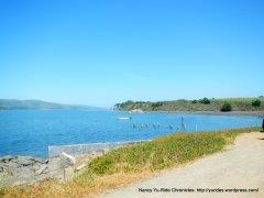 Tomlaes Bay