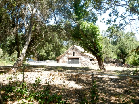 Alhambra Valley Rd-old barn