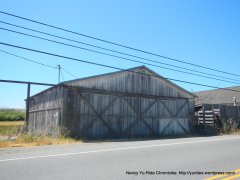 Valley Ford barn