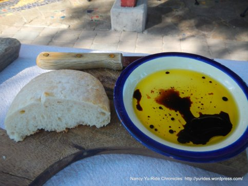 bread & olive oil balsamic dip