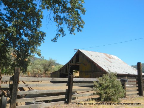 lower chiles valley barn