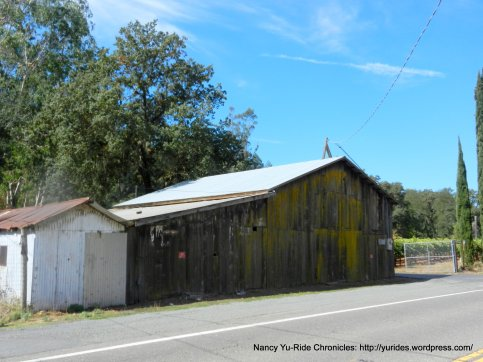 knights valley barn