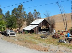 collier canyon rd barn