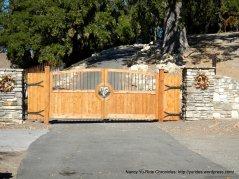 vineyard dr gate