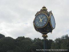 dead fish-crockett clock