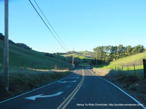 descend pig farm hill