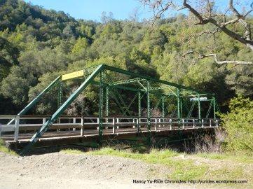 green truss bridge