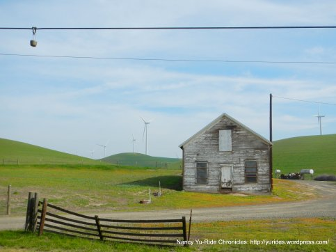 collinsville rd barn