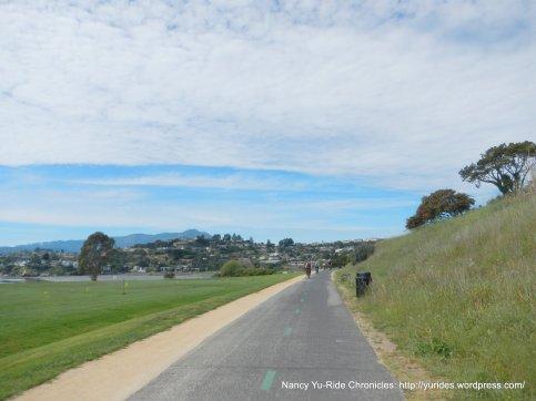 tiburon linear park path