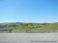 stay on Calaveras rd