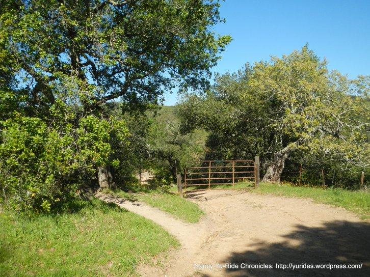 briones crest trail gate