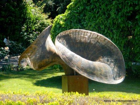 sculptures-geyserville trail