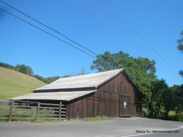alexander valley barn