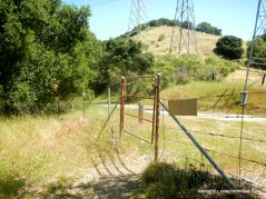 to hampton trail gate