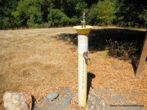 ratna ling water stop