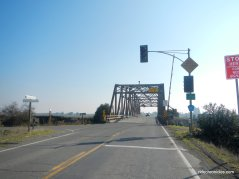 walnut grove-thornton bridge