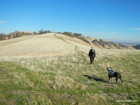 hike along ridge