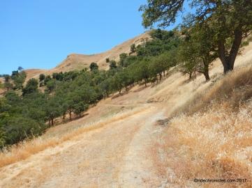 maguire peaks loop trail